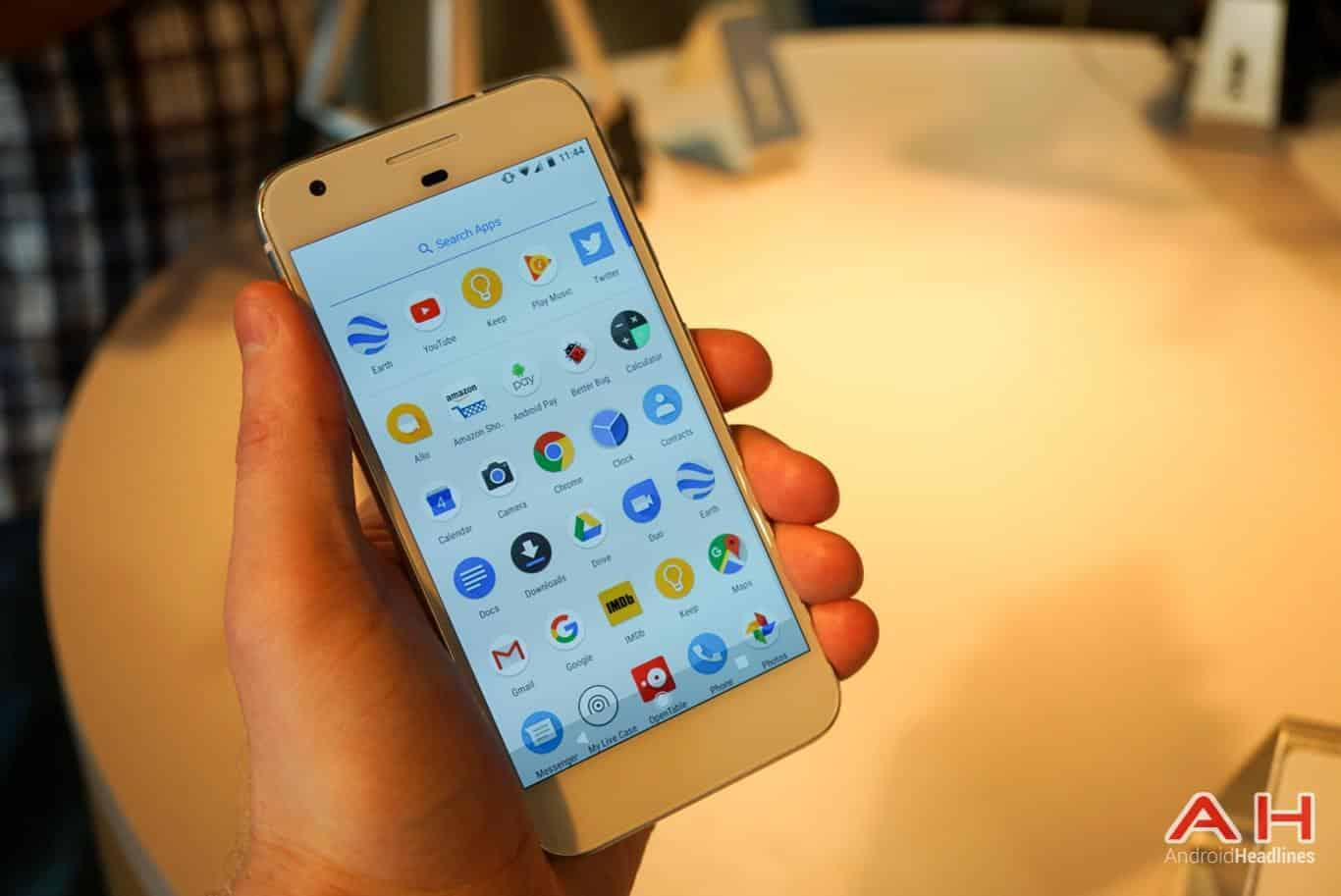Google Pixel Hands On AH 23