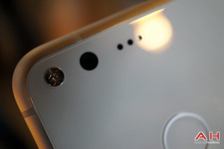 Google Pixel Hands On AH 29