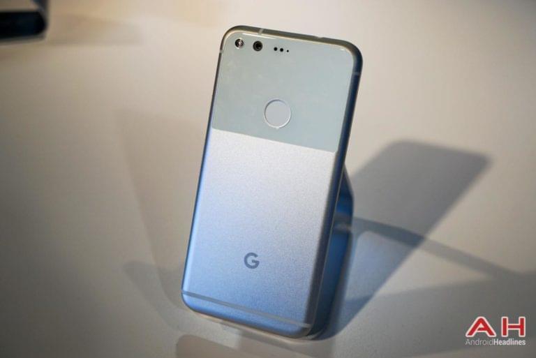 Google Pixel Hands On AH 33