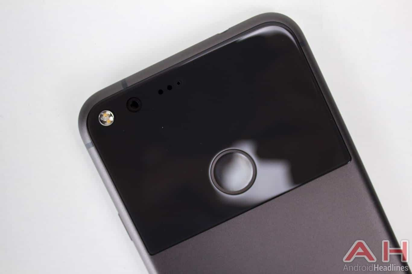 Google's Pixel 2 will come in new 'kinda blue' color
