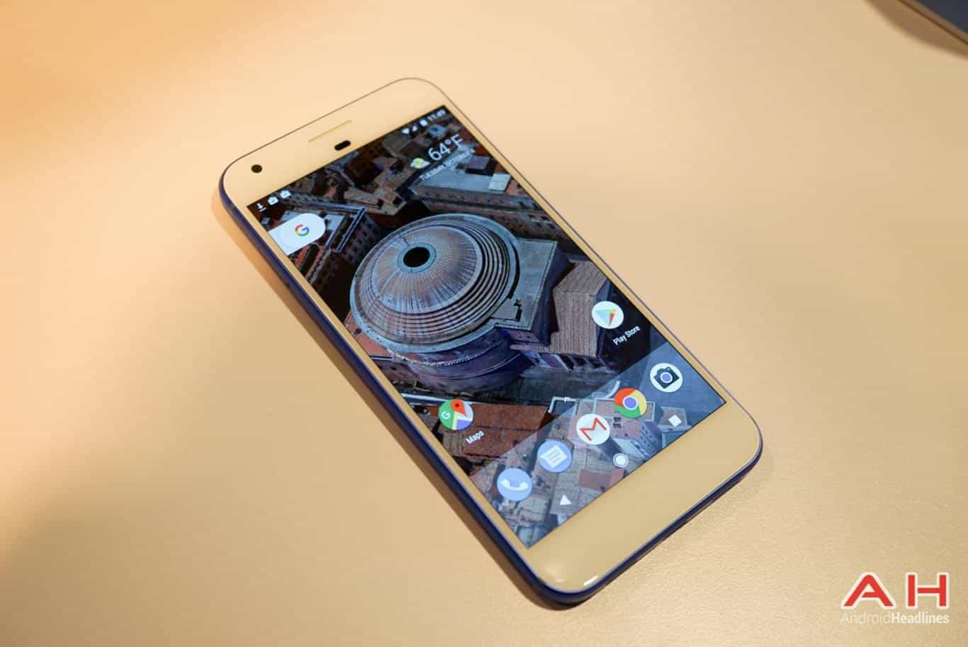 Google Pixel XL Hands On AH 14