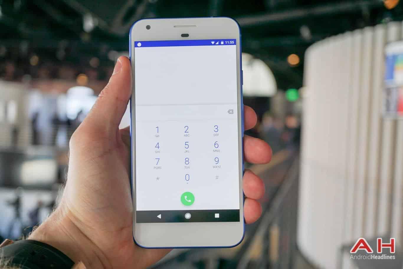 Google Pixel XL Hands On AH 34