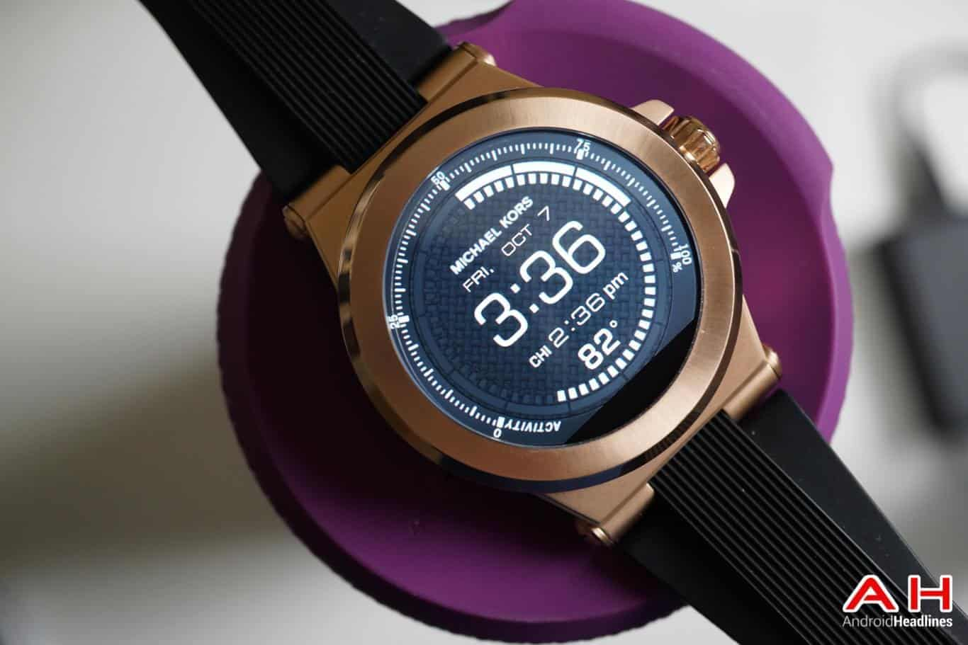 Review: Michael Kors Access Dylan Android Wear Smartwatch ...