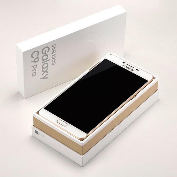 Samsung Galaxy C9 Pro 11