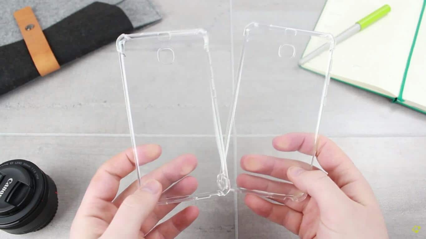 Galaxy S8 and Galaxy S8 Plus cases leak 12