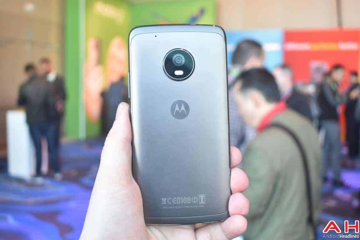 Moto G5 Plus Hands On AH 5