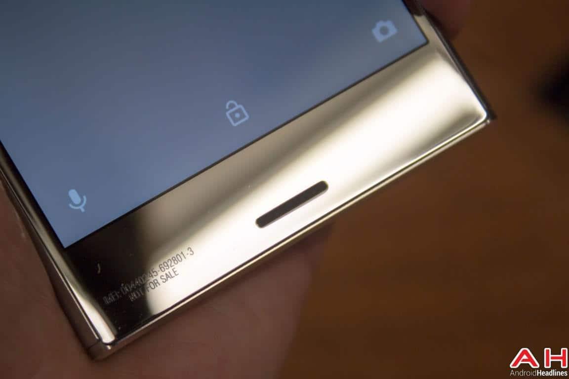 Sony Xperia XZ Premium Hands On AH 27