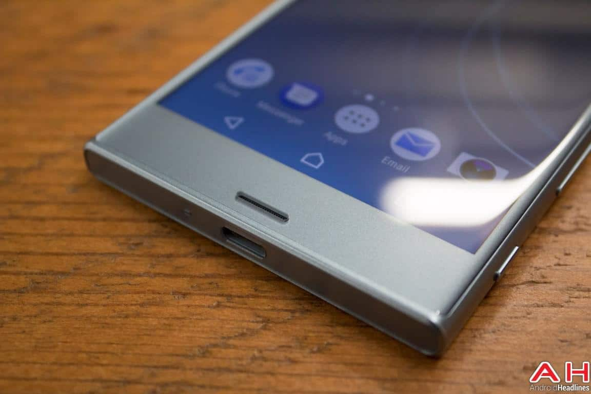 Sony Xperia XZs Hands On AH 14