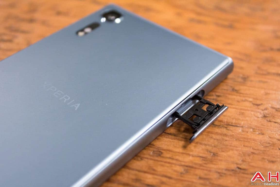 Sony Xperia XZs Hands On AH 16