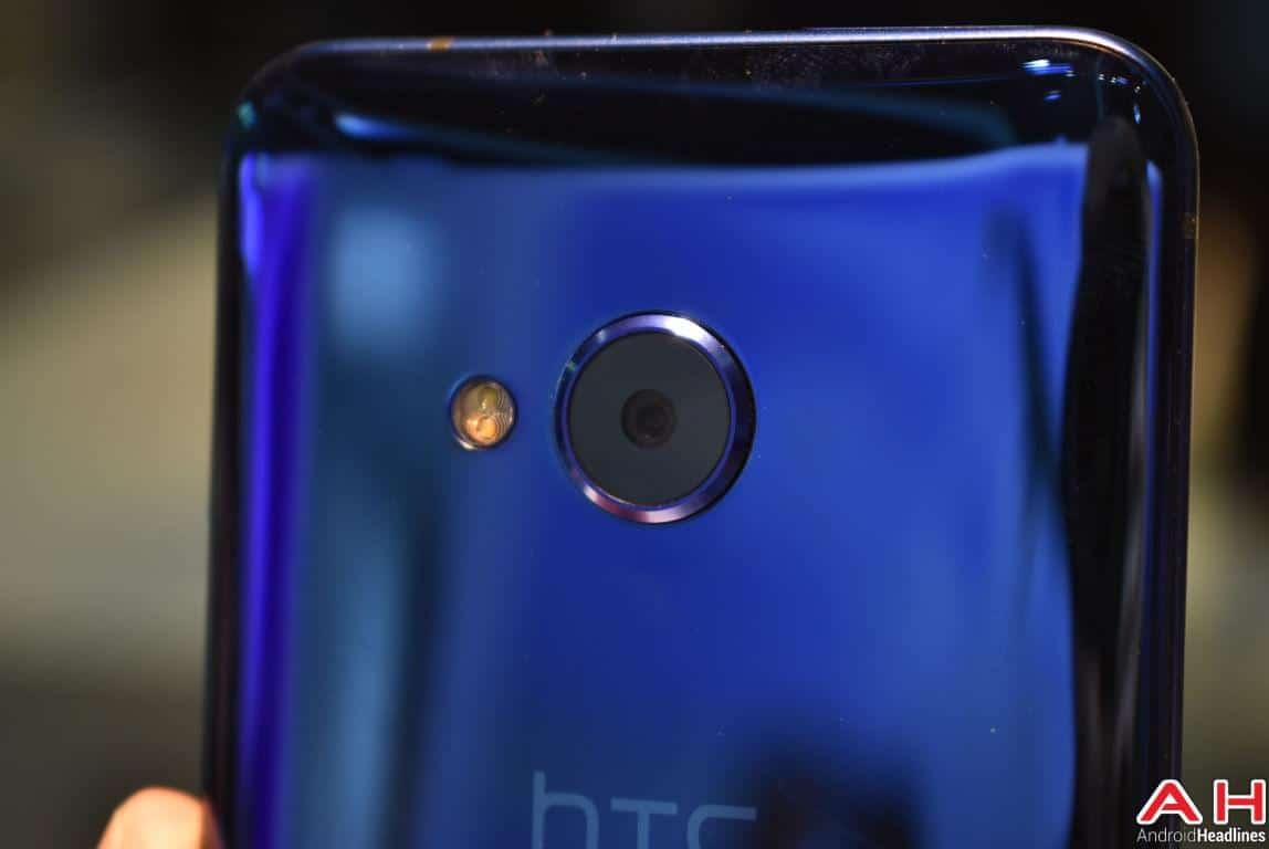 HTC U Play Hands On AH 2