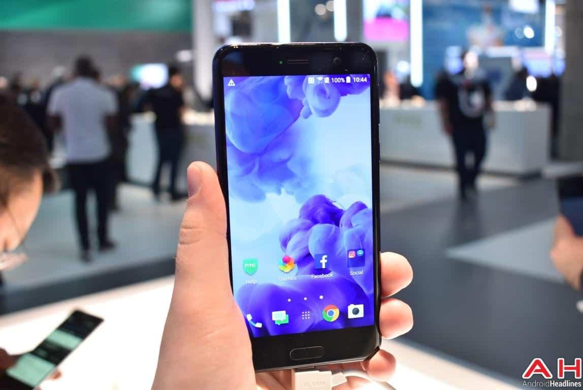 HTC U Play Hands On AH 6