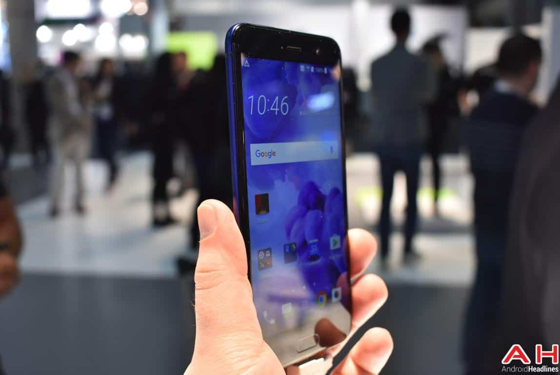 HTC U Play Hands On AH 9