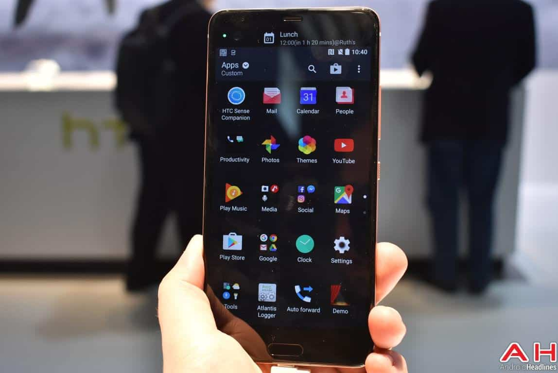 HTC U Ultra Hands On AH 10