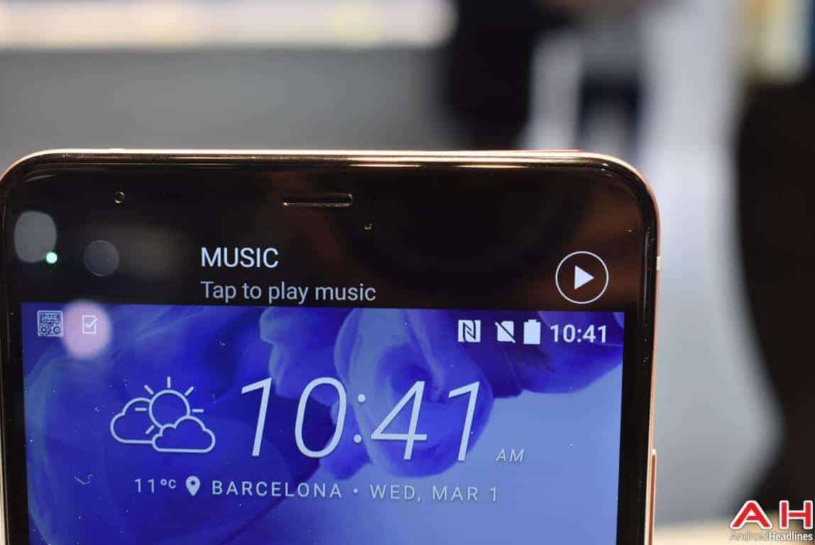 HTC U Ultra Hands On AH 12