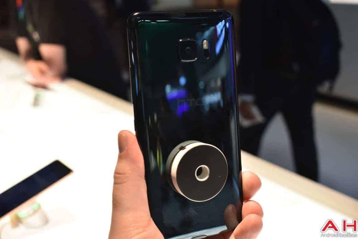 HTC U Ultra Hands On AH 15