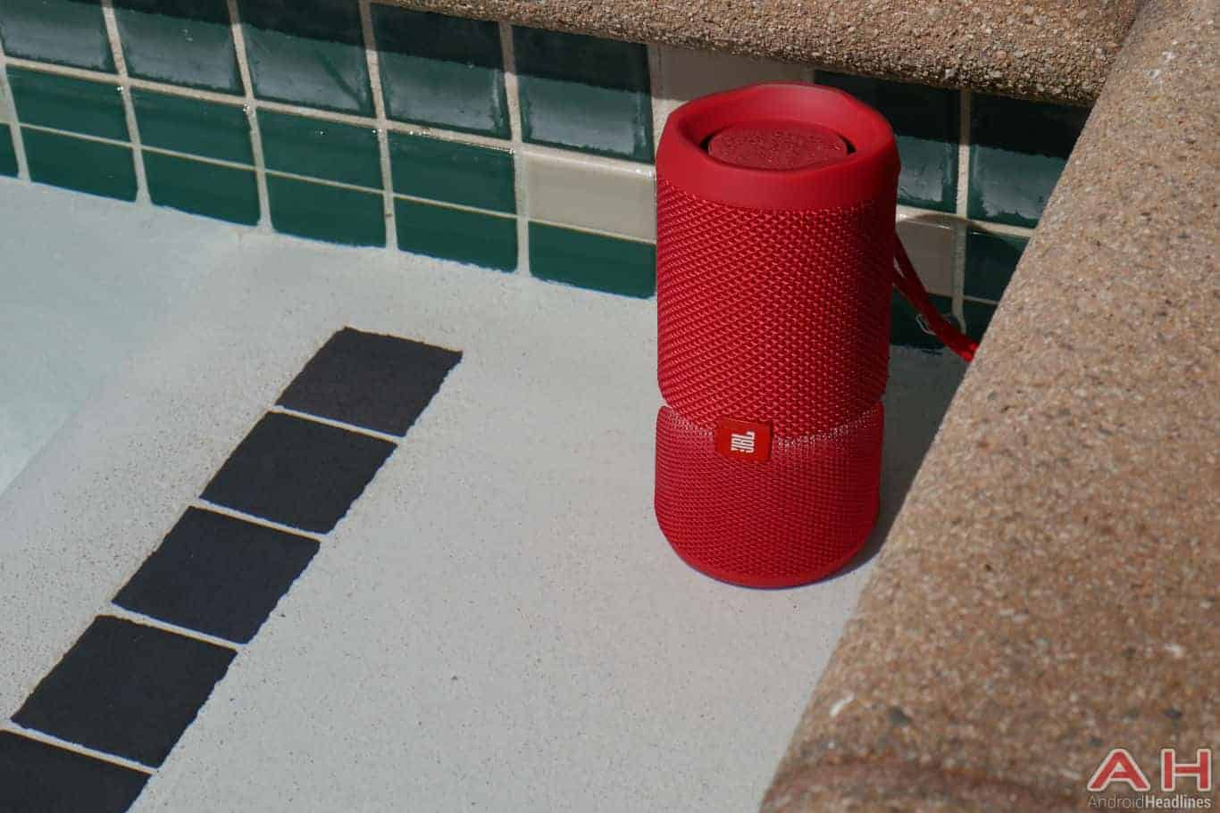 Jbl flip 4 review the flip is back now it 39 s waterproof for What does it mean to flip a house