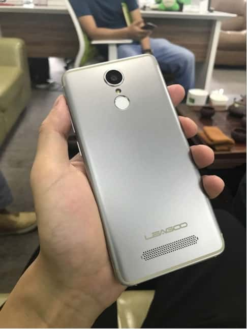 LEAGOO M5 Edge leak 2