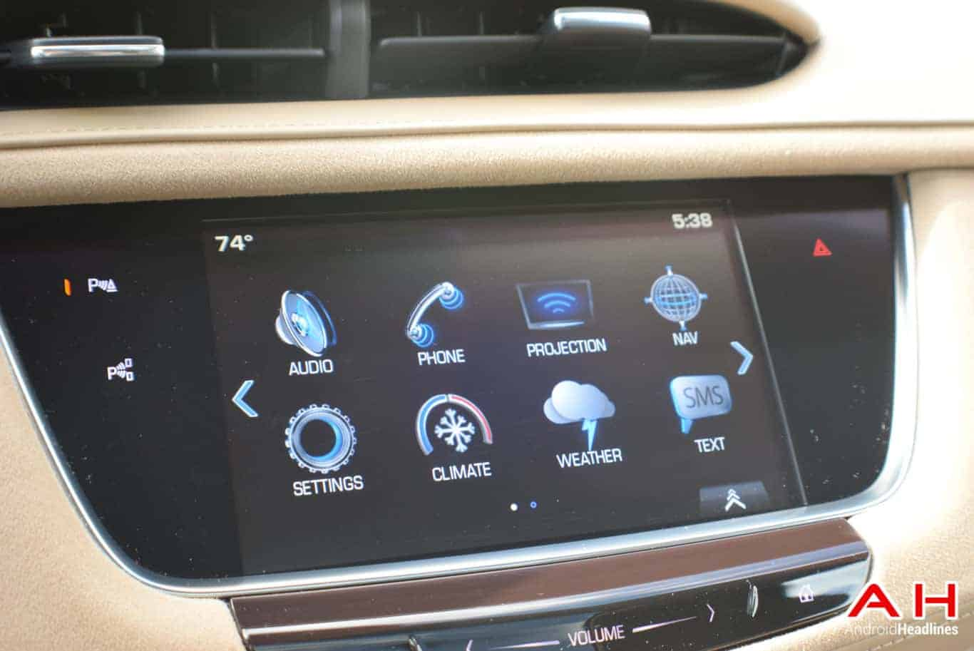 2017 Cadillac XT5 Android Auto Review AM AH 13