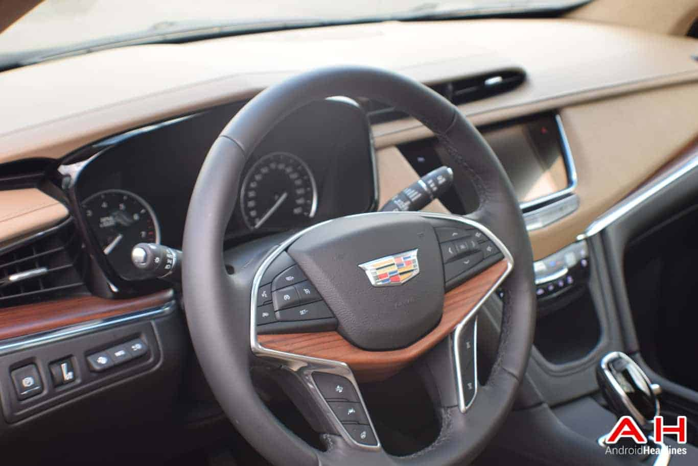 2017 Cadillac XT5 Android Auto Review AM AH 3