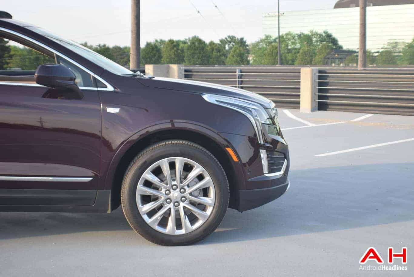 2017 Cadillac XT5 Android Auto Review AM AH 69