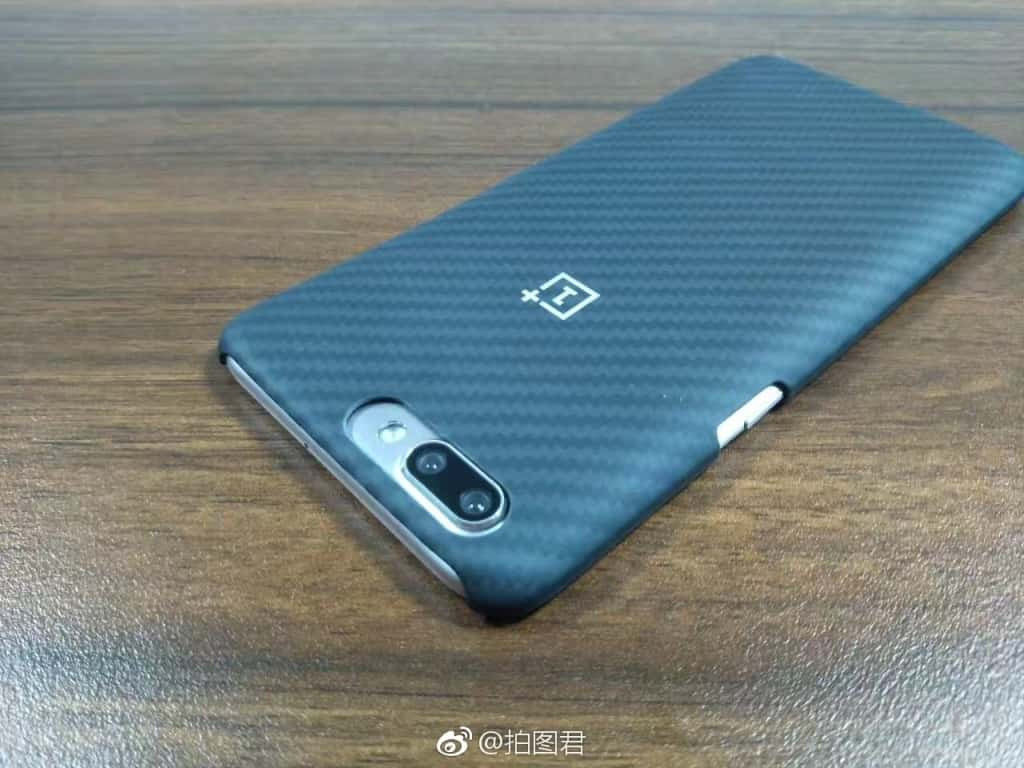 OnePlus 5 Kevlar case and OPPO R11 pre launch 1