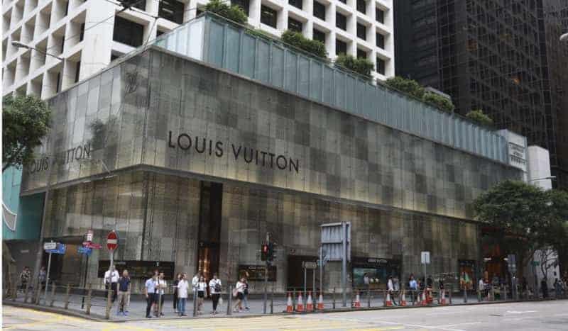 Louis Vuitton Enters Smartwatch Market With Tambour Horizon