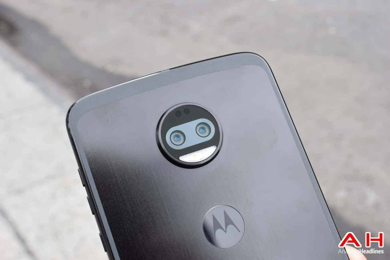 Phone Comparisons: Moto Z2 Force vs Huawei Mate 10 Pro
