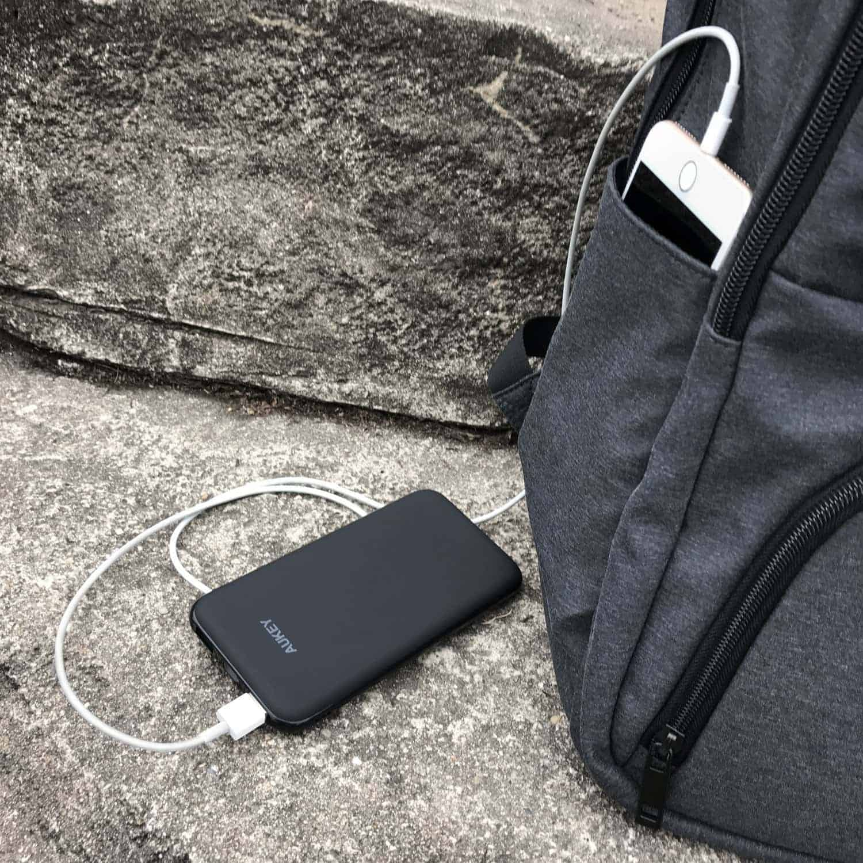 aukey slim battery pack 8