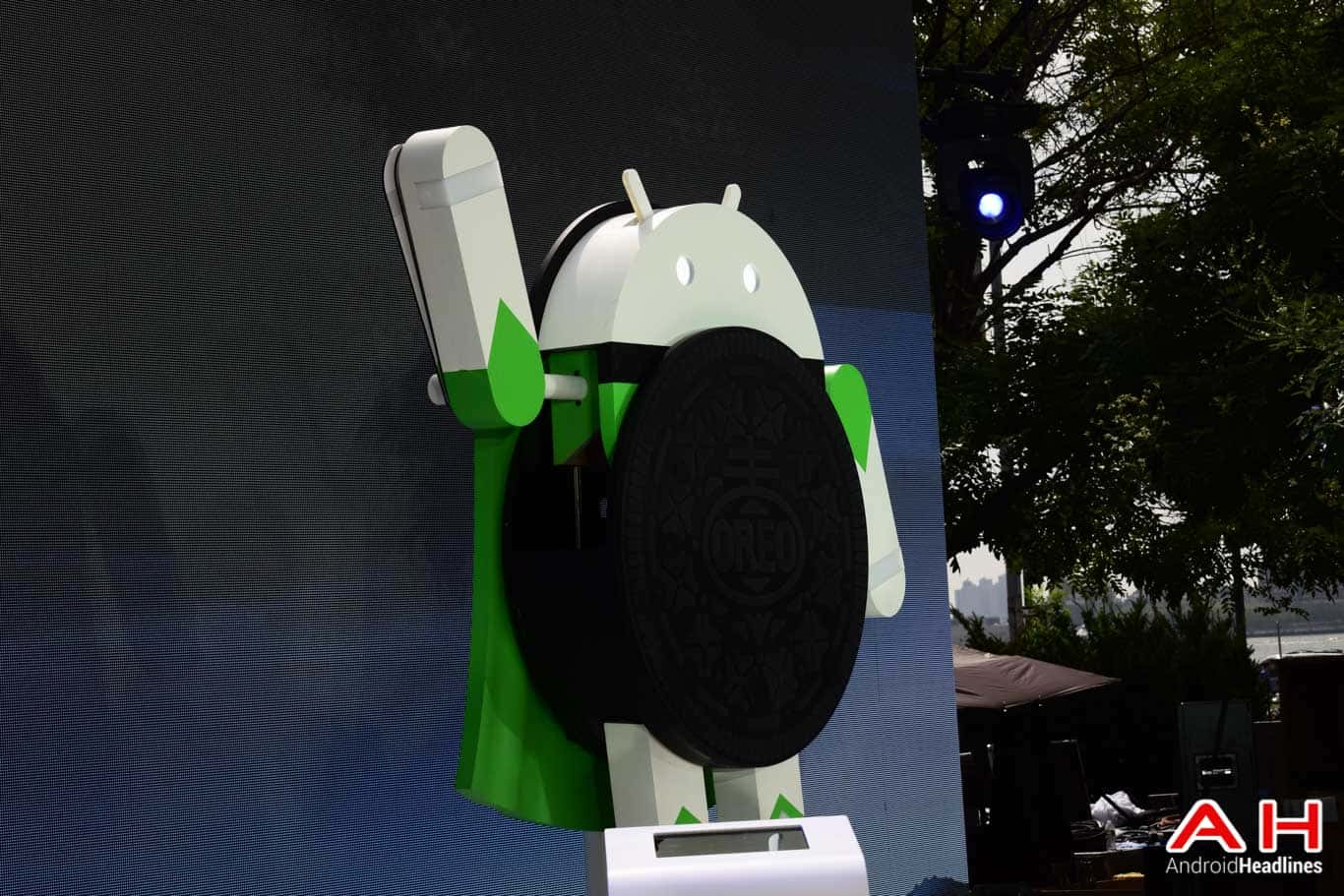 Android Oreo Statue AH 2