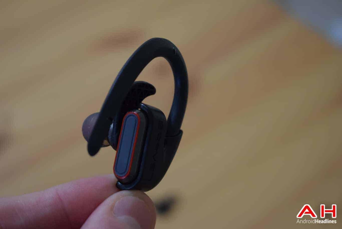 BRAVEN Flye Sport Reflect Headphones AM AH 6