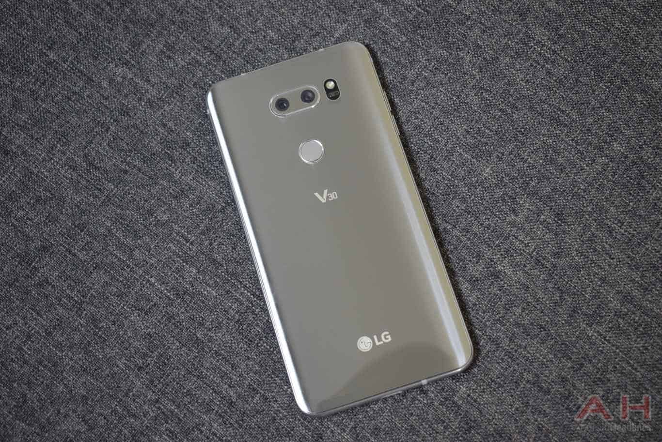 LG V30 Features Face, Voice and Fingerprint Biometrics