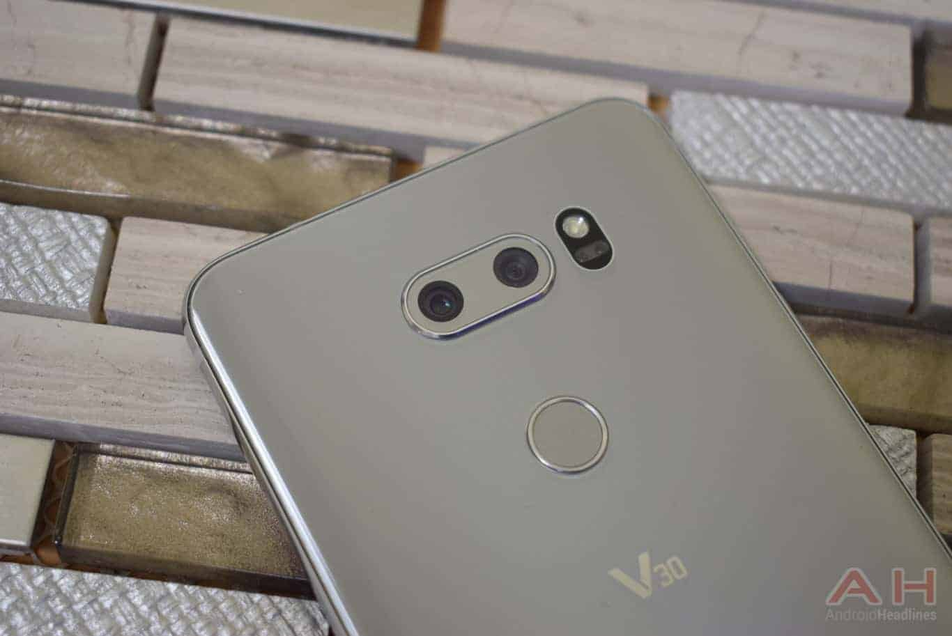 LG V30 Preview AM AH 20