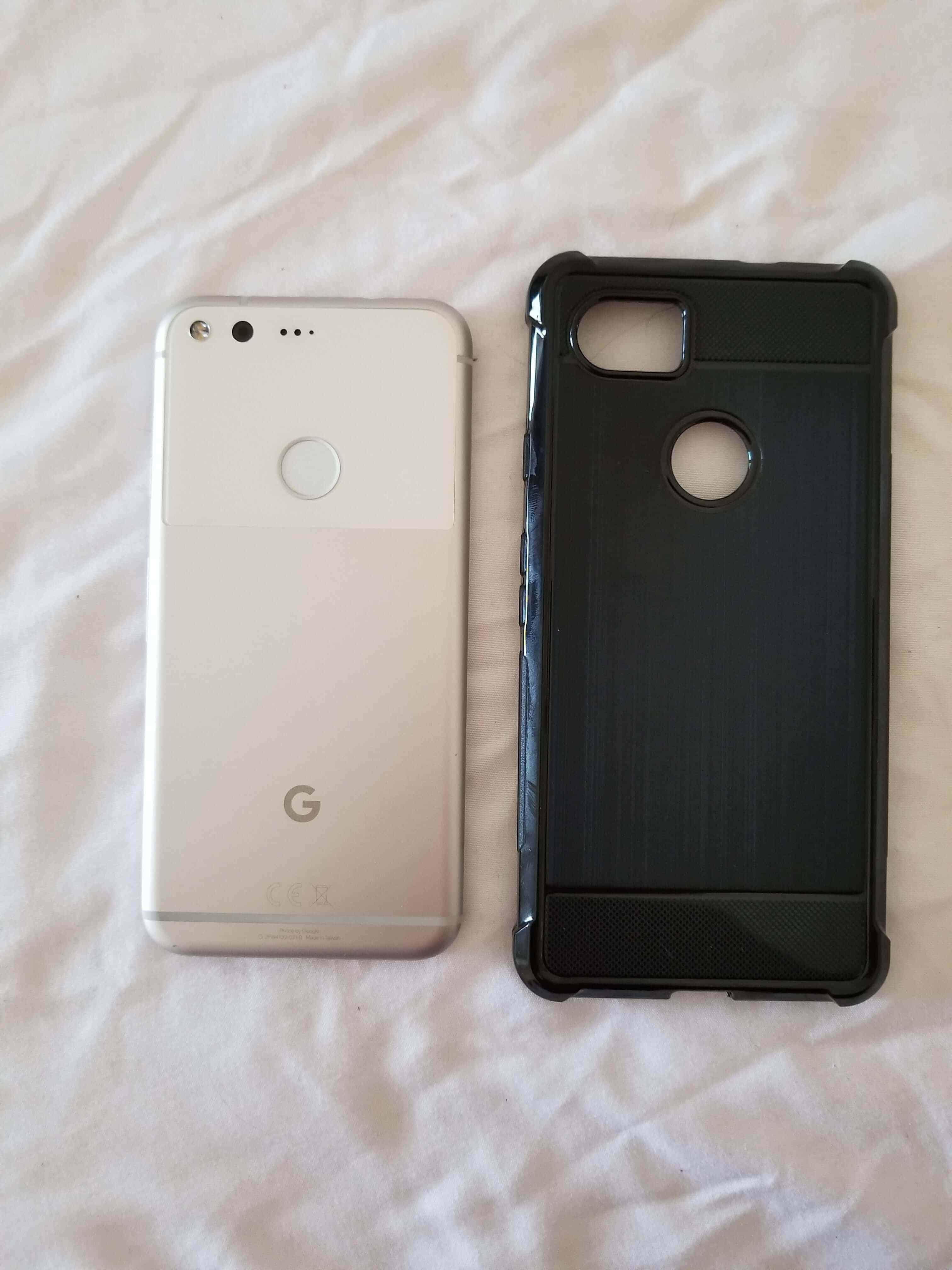 Pixel XL 2 Case Size Comparison Imgur Leak 8