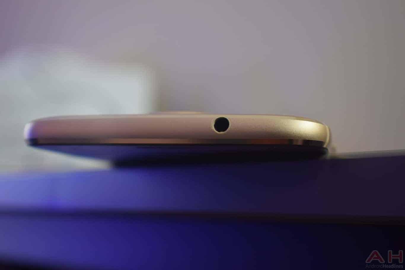 Moto G5S Plus Review AM AH 0018