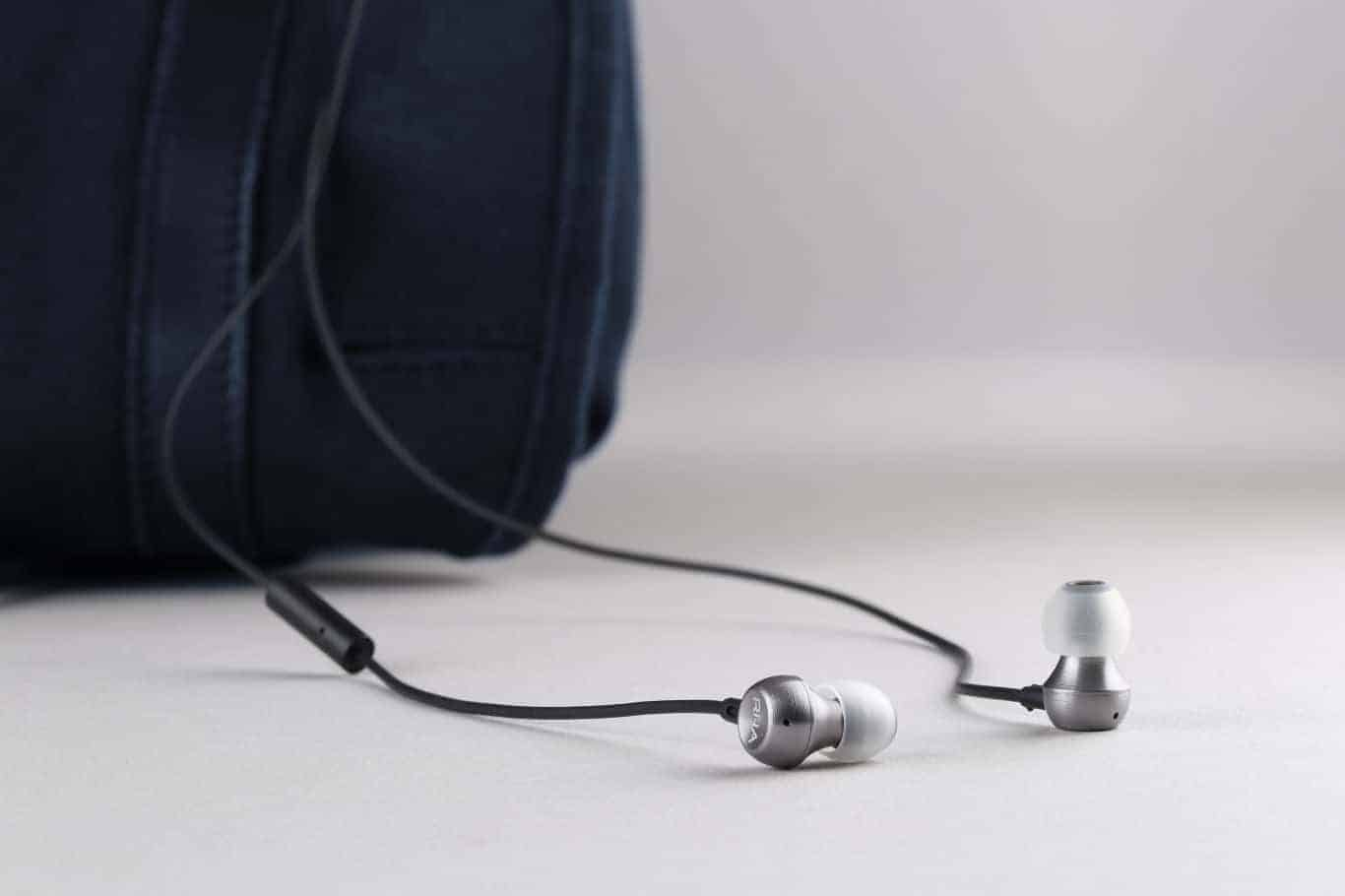 RHA MA390 Headphones 1