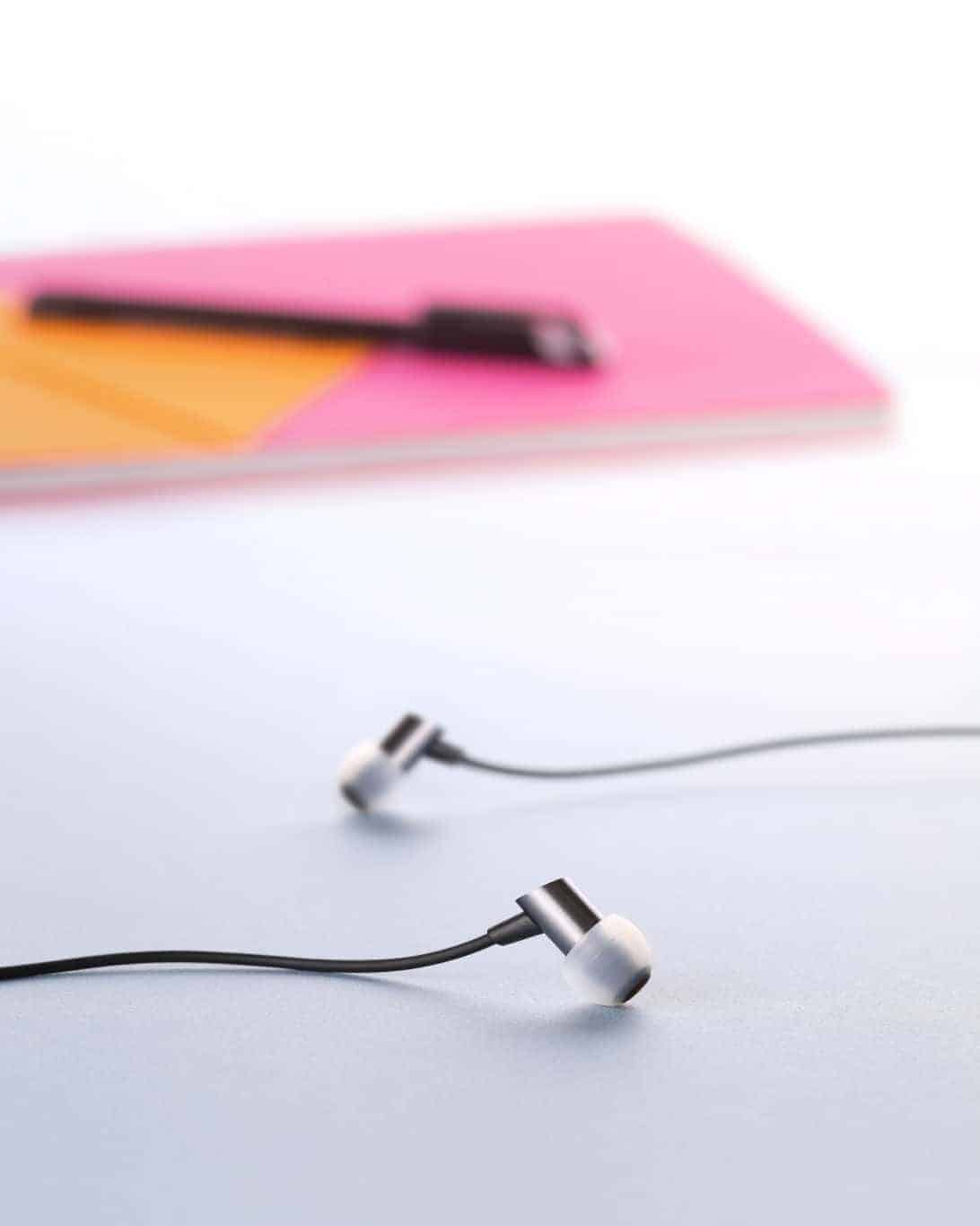 RHA S500 Headphones 3