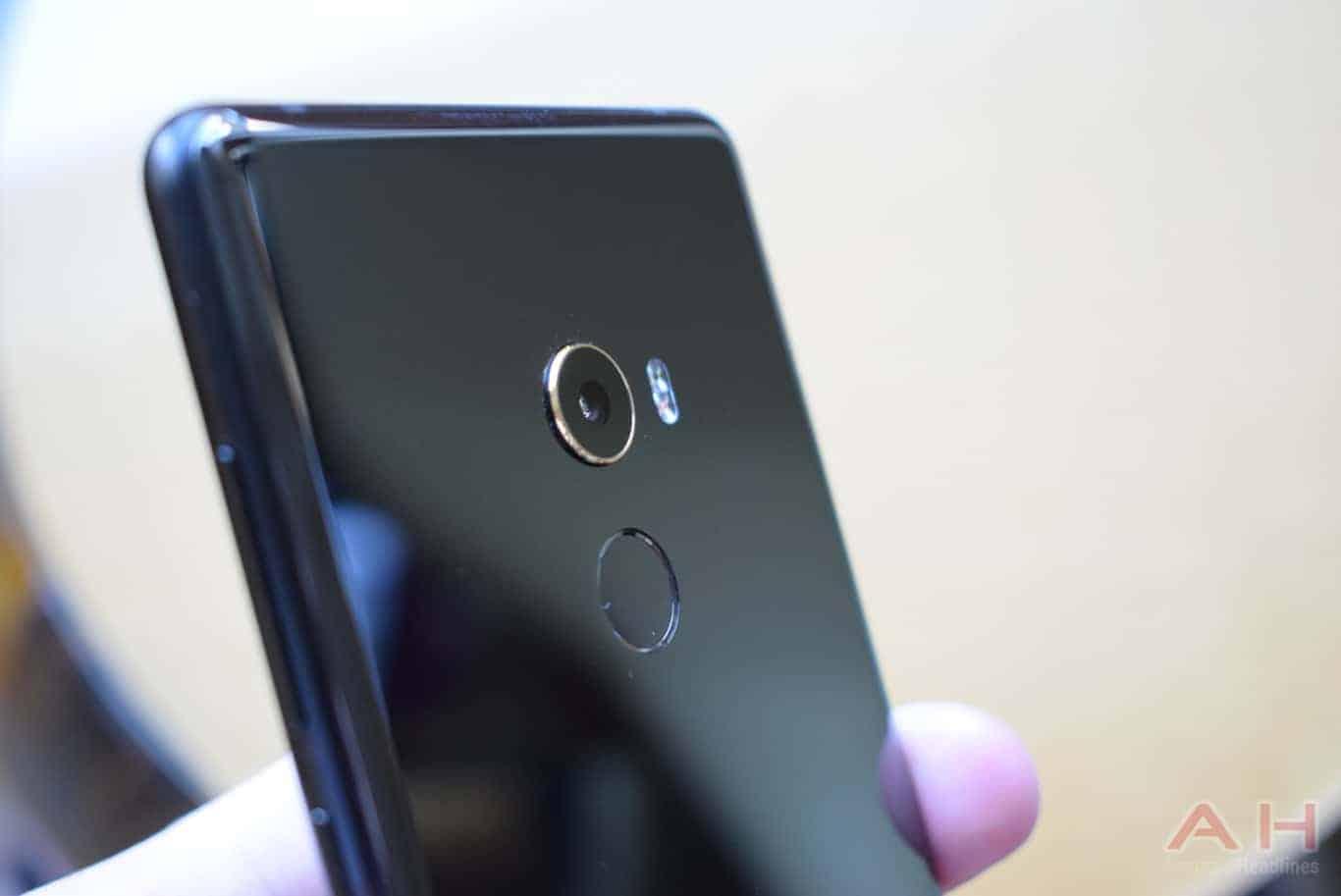 Xiaomi Mi MIX 2 Hands On AM AH 12