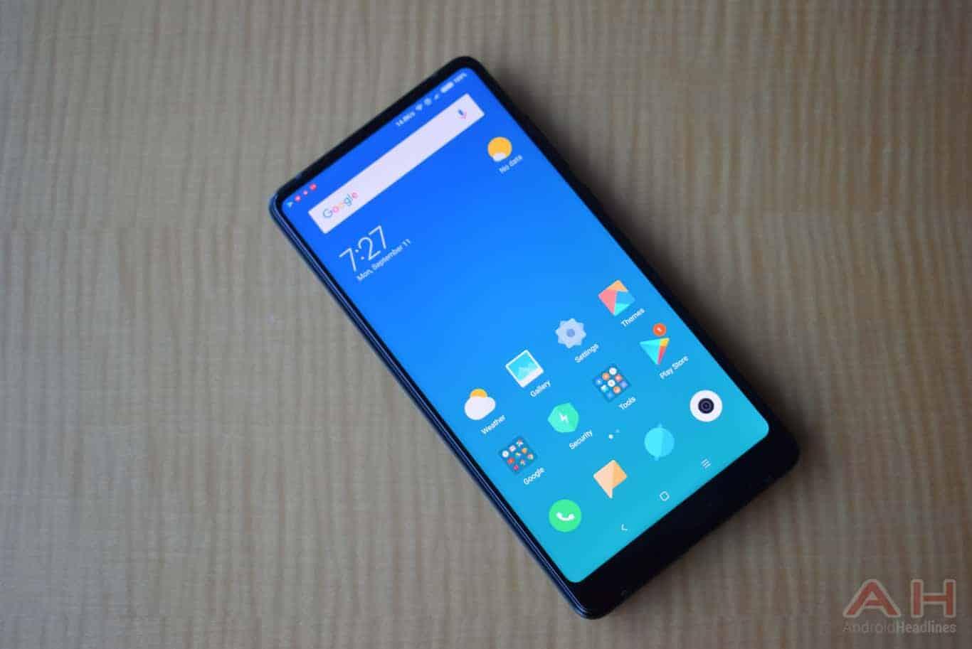 Xiaomi Mi MIX 2 Hands On AM AH 4