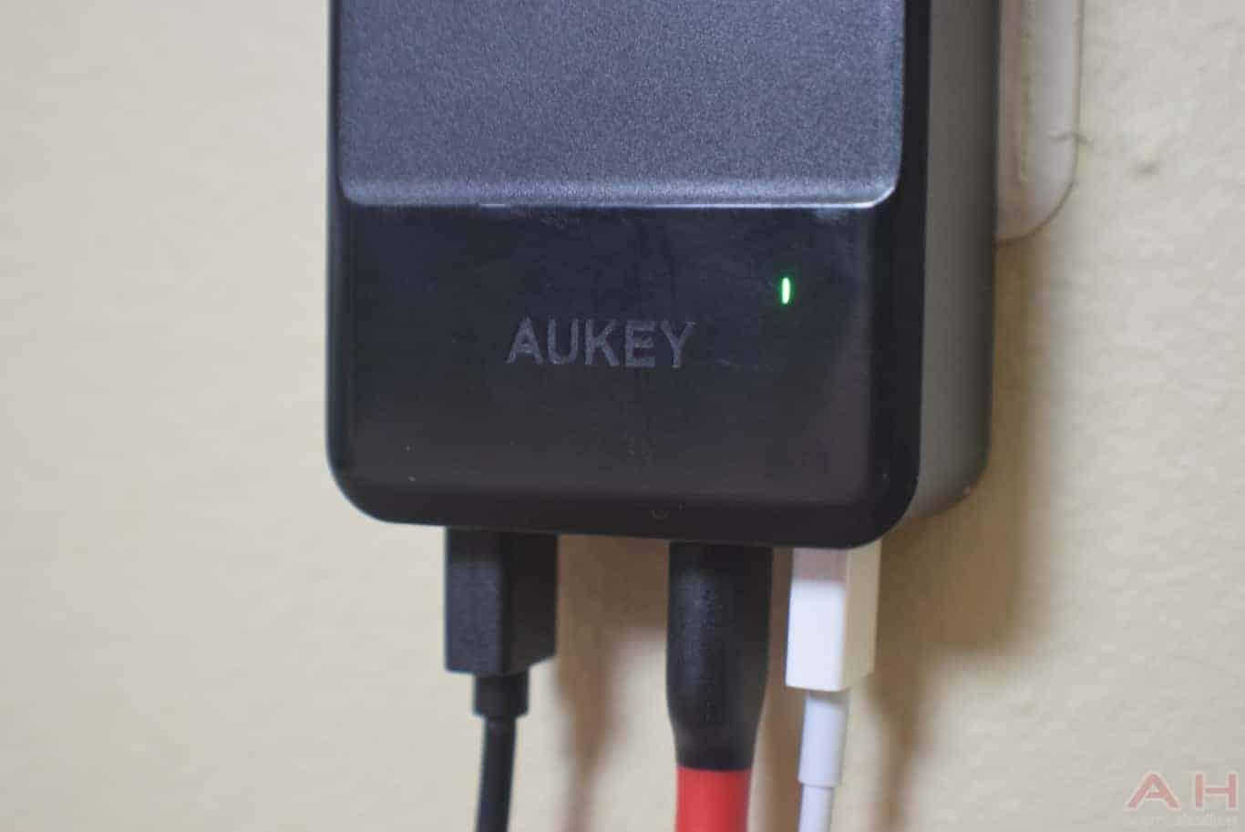 AUKEY PA S10 PowerHub Mini AM AH 0128
