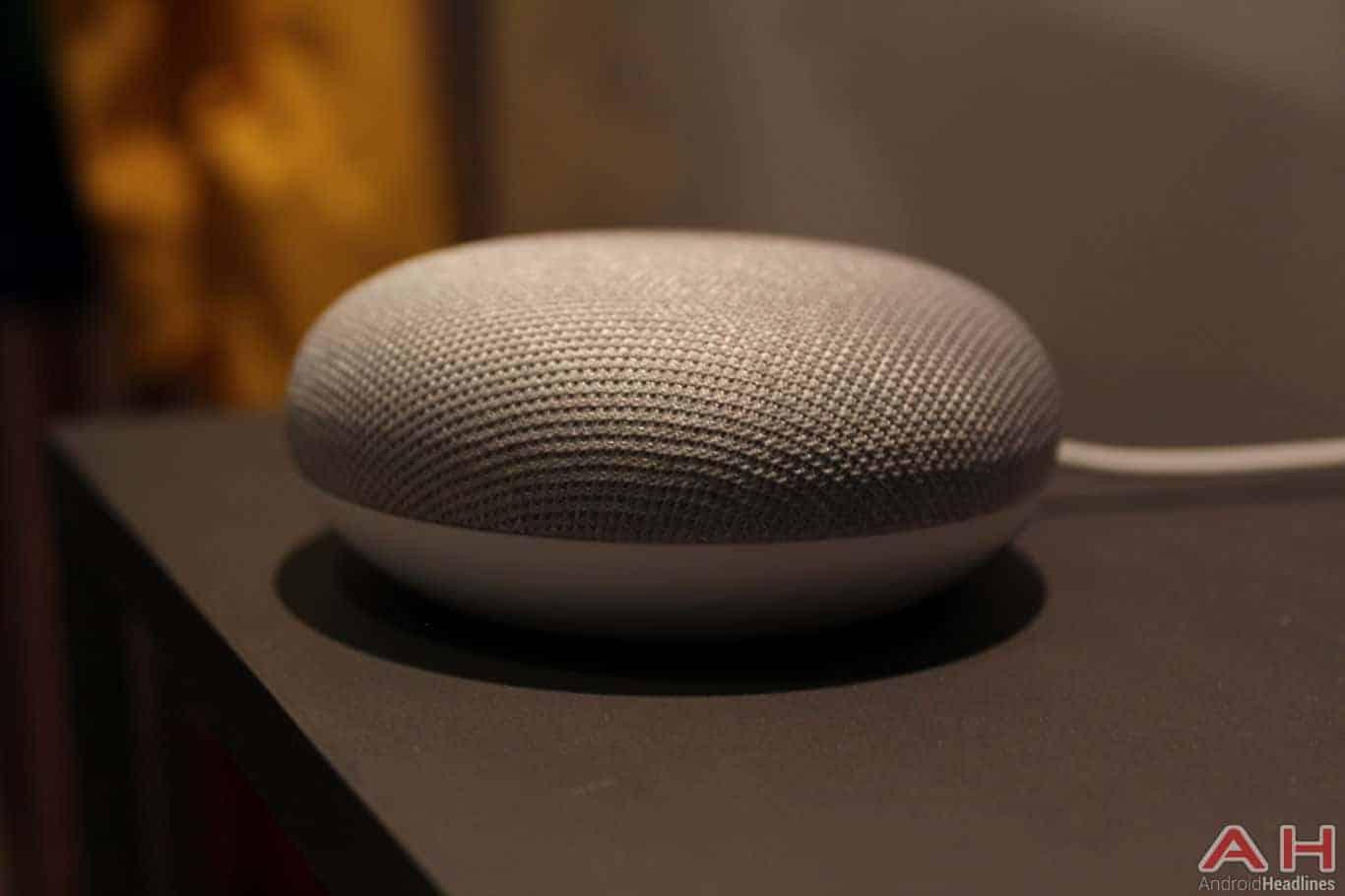 Google Home Mini Hands On AH 1