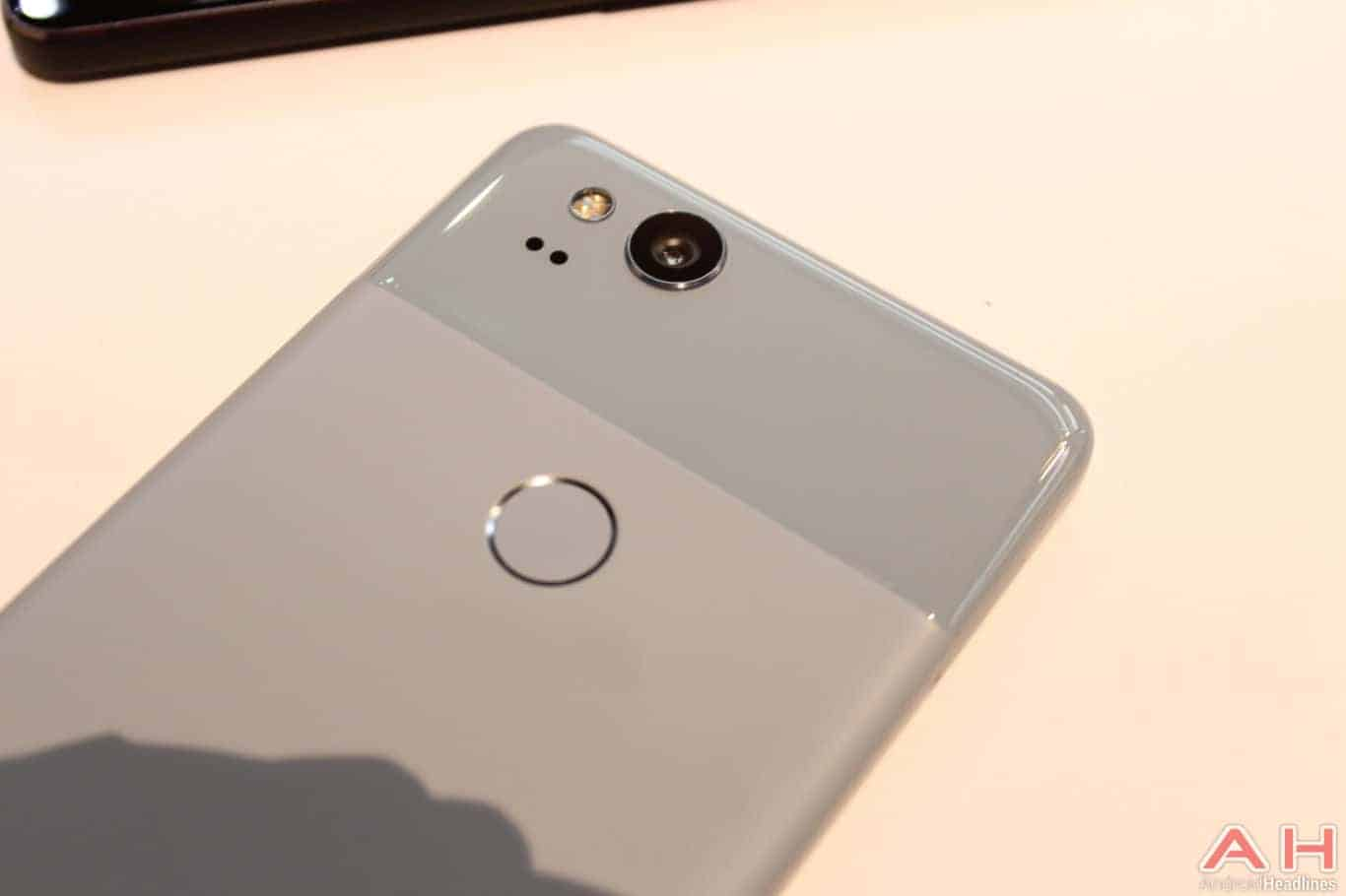 Google Pixel 2 Hands On AH 13