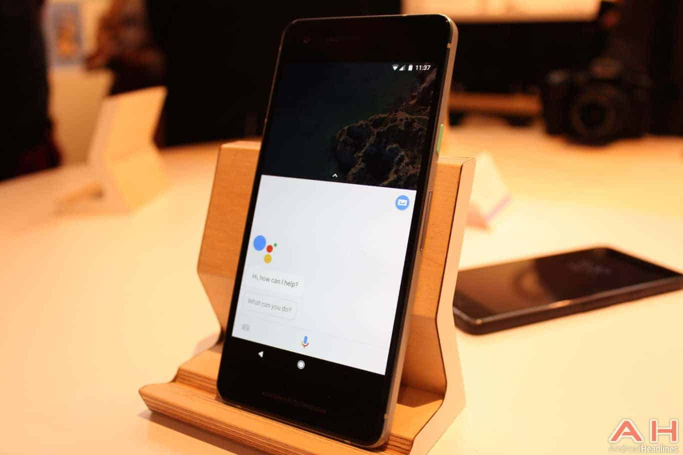 Google Pixel 2 Hands On AH 14