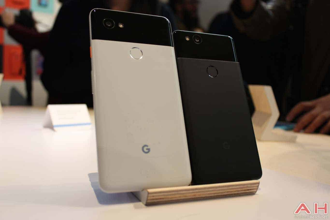 Google Pixel 2 XL Hands On AH 1 1