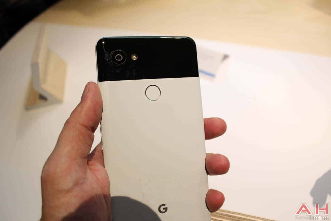 Google Pixel 2 XL Hands On AH 9