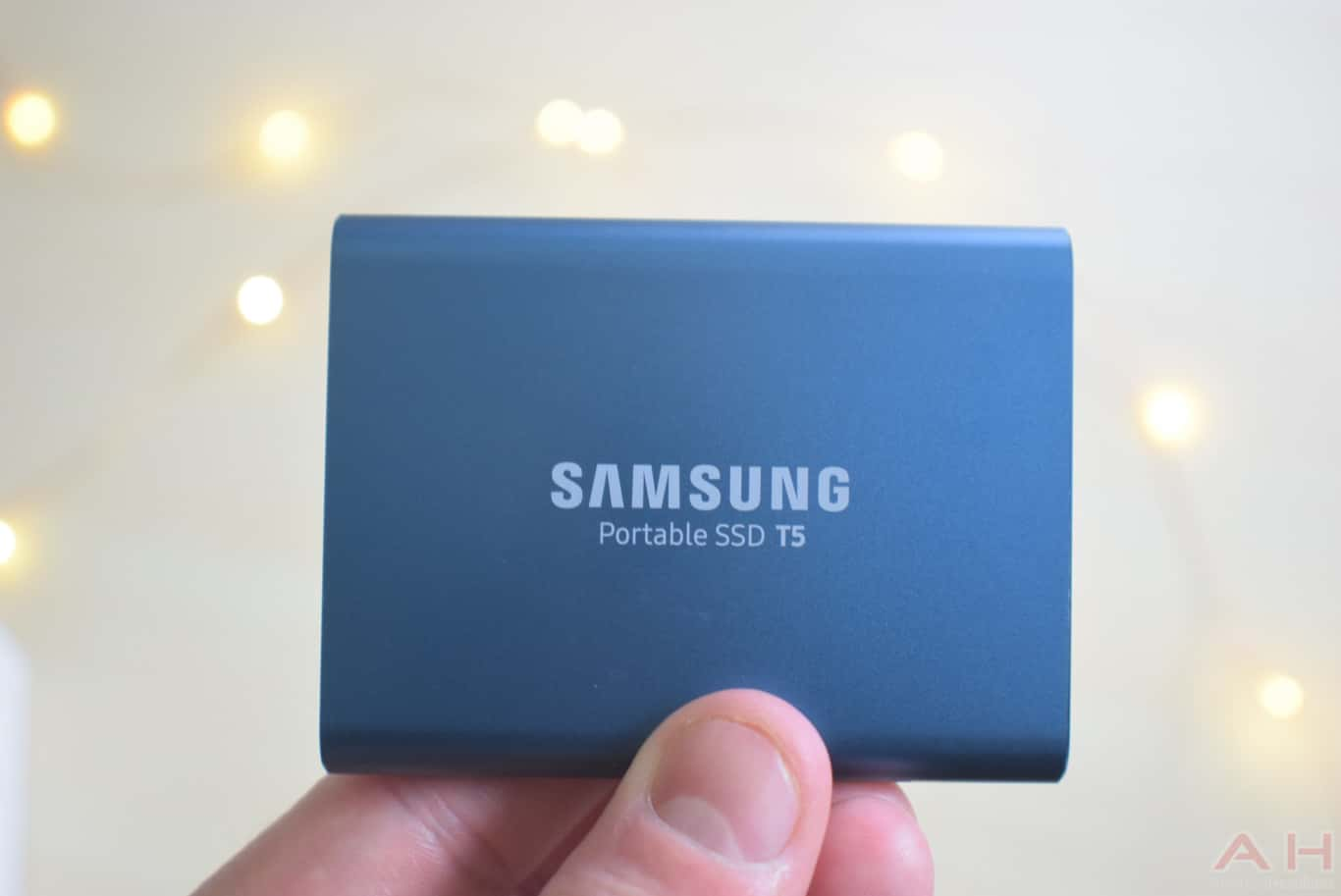 Samsung T5 SSD Review AM AH 0024