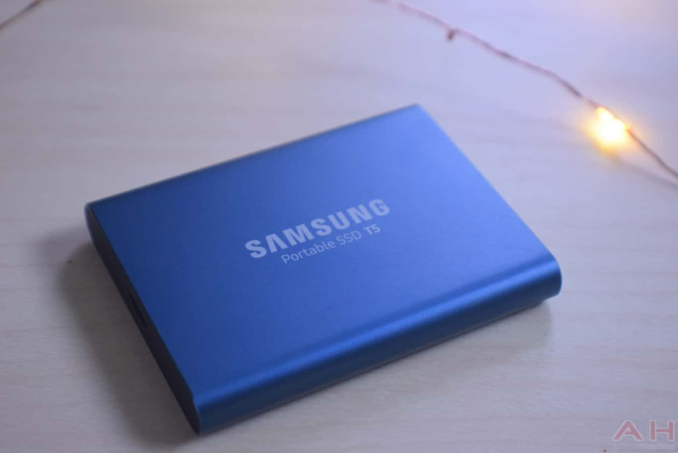 Samsung T5 SSD Review AM AH 0027