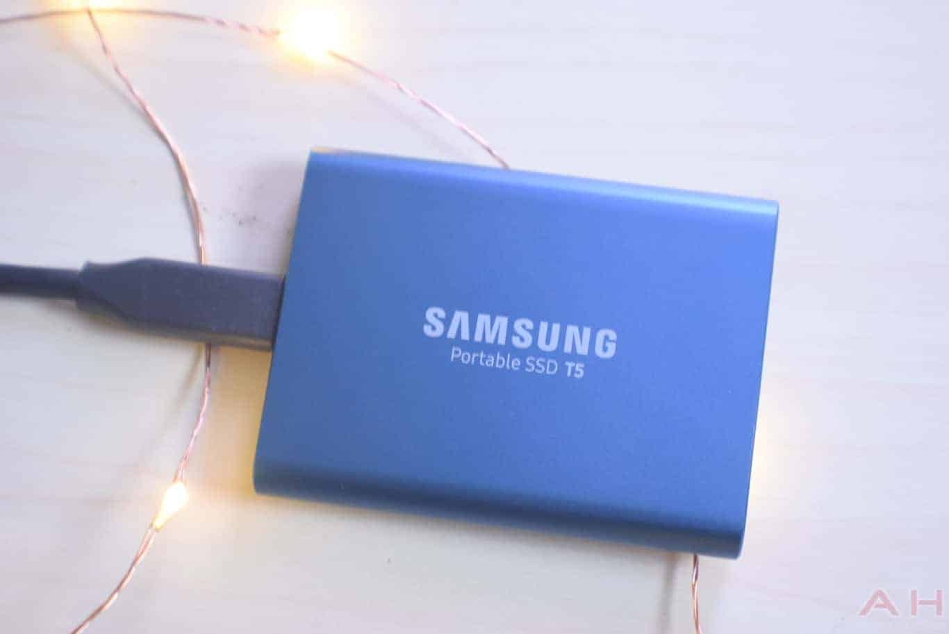 Samsung T5 SSD Review AM AH 0035