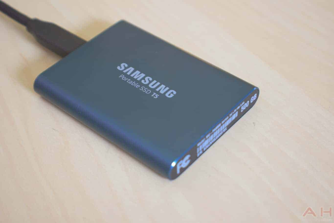 Samsung T5 SSD Review AM AH 0042