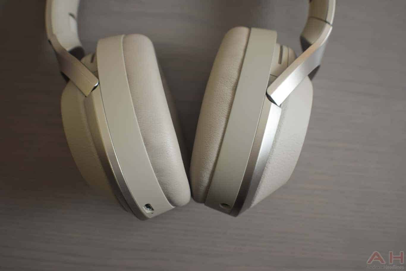 Sony WH 1000X M2 Review AM AH 0146