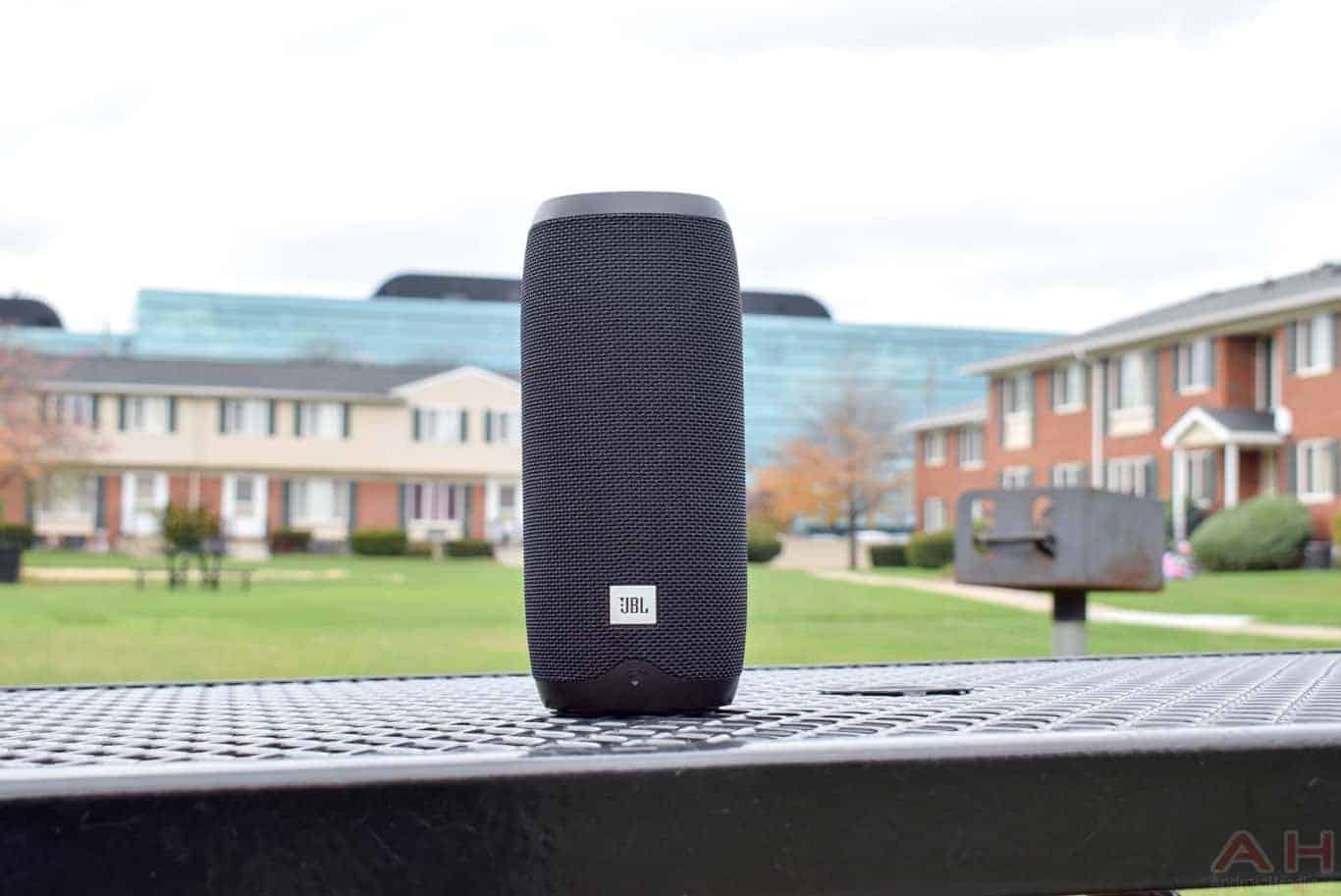 JBL LINK 20 Speaker Review AM AH 0027